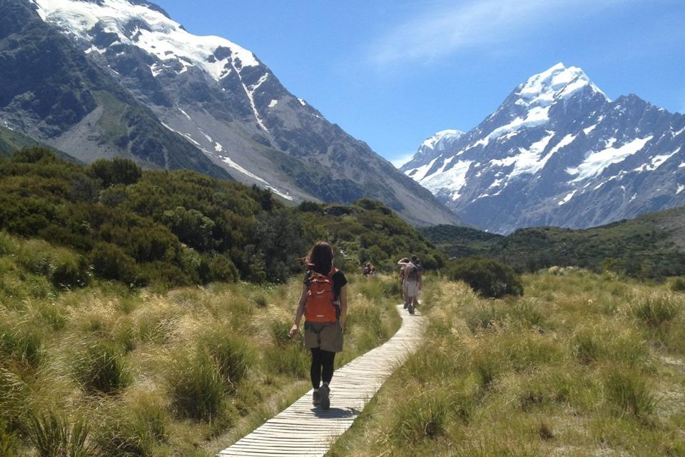 ニュージーランドの大自然の中をトレッキング♪