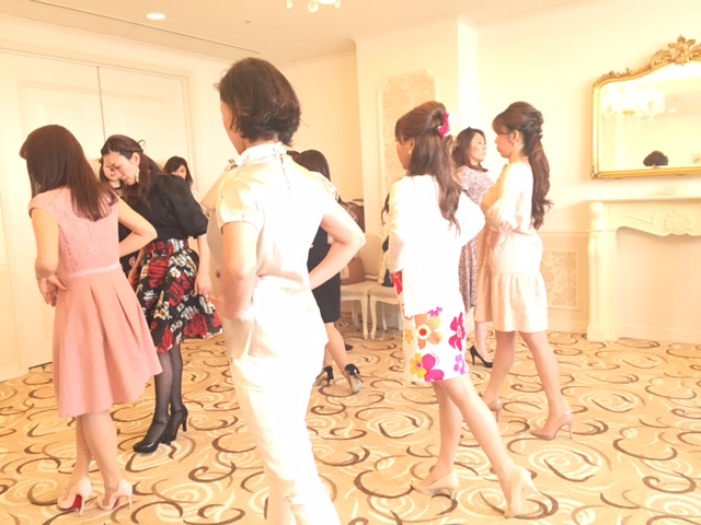 【大阪開催】ヒールウォーキングアドバイザーコース